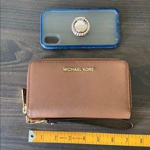 Michael Kor's Jetset Smartphone Wallet Wristlet